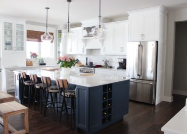 Trend Spotlight - White Kitchens!